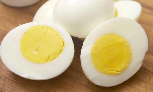 Сложно о простом: как правильно сварить яйца, чтобы скорлупа легко отделялась