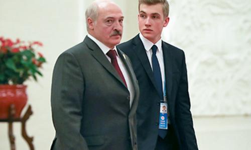 Лукашенко хочет сделать сына президентом