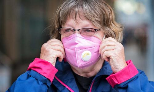 ВОЗ ужесточила рекомендации по ношению масок