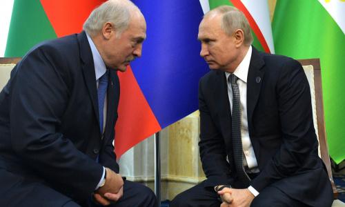 СМИ: Путин предложил Лукашенко «уйти спокойно»