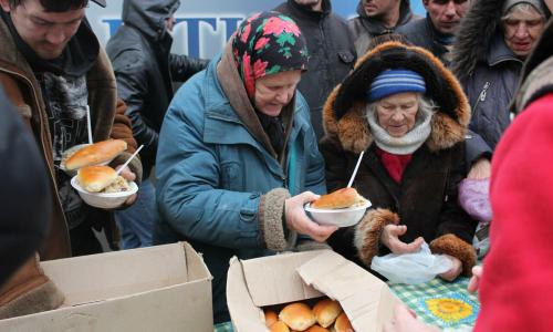 Каждый пятый в России недоедает. Значительная часть из них – дети
