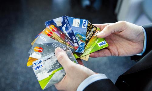 Что ждет владельцев банковских карт в 2021 году? 4 важных изменения