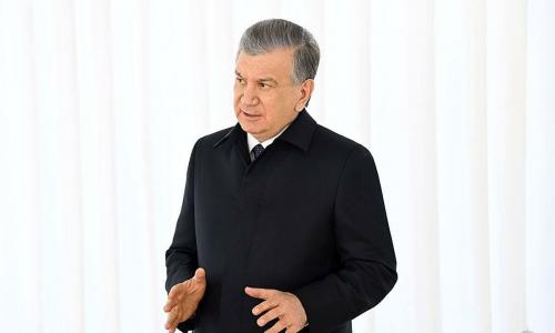Мирзиёев уволил ряд чиновников и приказал вернуть заработанные деньги