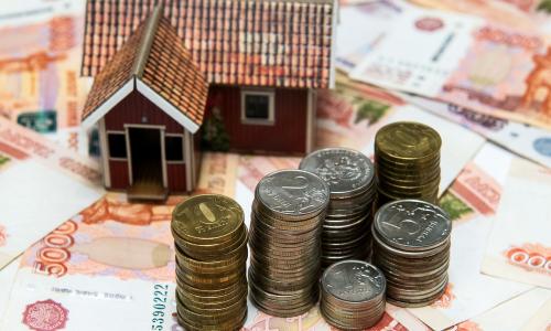 За май россияне набрали кредитов на триллион рублей