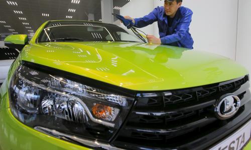 Автомобили Lada остались без магнитолы и мультируля