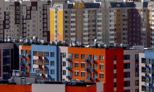 Российских бездомных задумали поставить в очередь за жильем