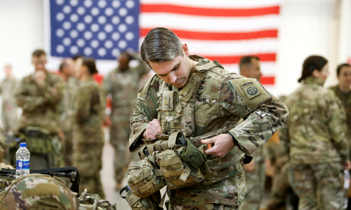 В США войско взбунтовалось: говорят, президент ненастоящий
